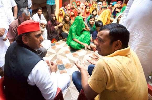 झांसी एनकाउंटर: अखिलेश यादव से पुष्पेंद्र के परिवार ने कहा यह, आक्रोशित सपा अध्यक्ष ने दिया बड़ा बयान