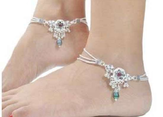 charms-silver-anklet.jpg