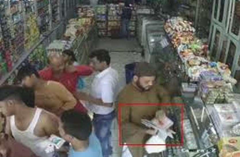 उदयपुर के ये चोर हैं मिठाई खाने के शौकीन: जैन मंदिर में चोरी की नीयत से घुसे