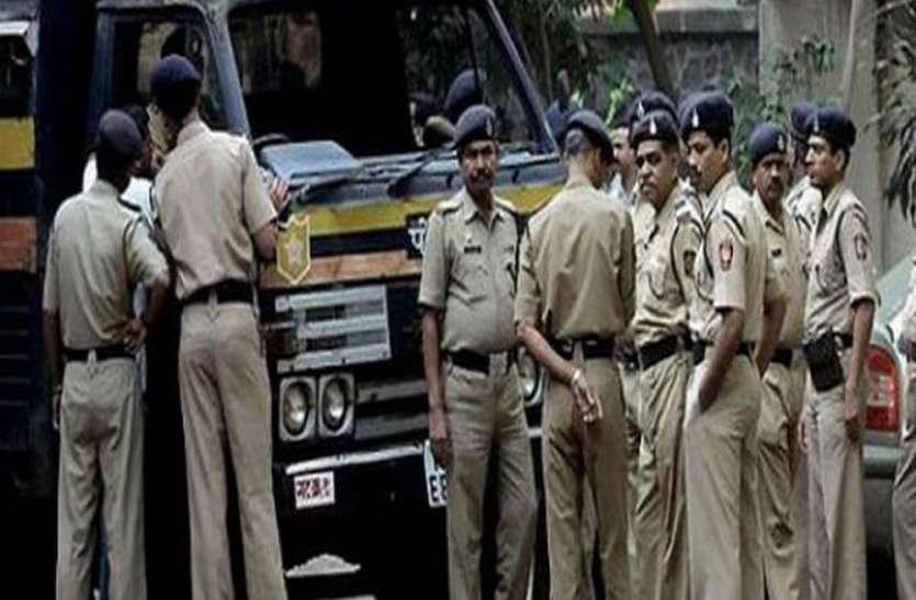 सावधान...बगैर काम कॉलेज में किया प्रवेश तो हिरासत में ले सकती है पुलिस.!