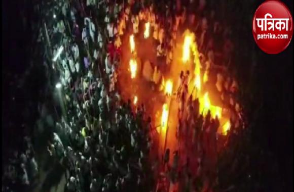 Video: अनोखा दशहरा, भगवान को साथ ले जाने को होता है 'लठमार युद्ध', 60 हुए घायल