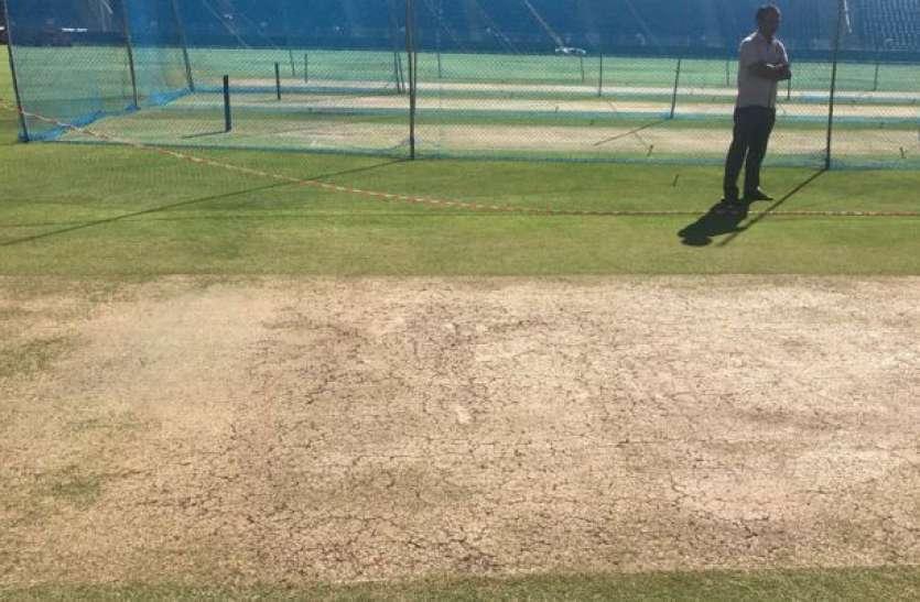 'खराब' पिच पर खेला जा रहा है भारत और साउथ अफ्रीका के बीच दूसरा टेस्ट मैच