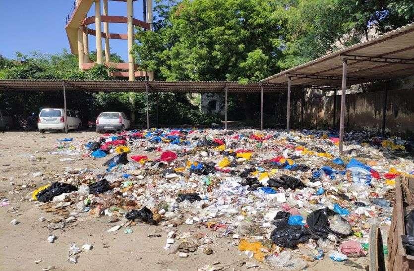 अलवर शहर में एम्स और मेडिकल कॉलेज लाने की तैयारी, लेकिन अभी तक कचरा निस्तारण का इंतजाम तक नहीं