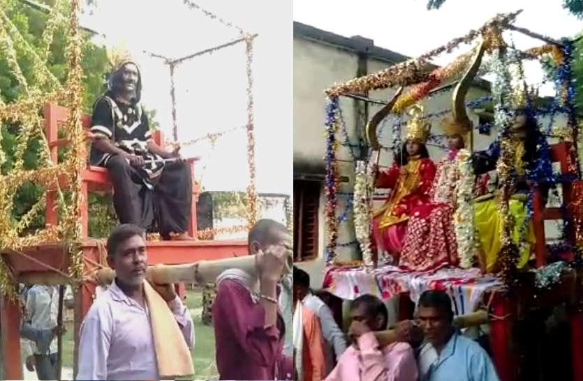 जौनपुर की ऐतिहासिक विजय दशमी, कहार उठाते हैं रथ तब होता है राम-रावण का युद्ध