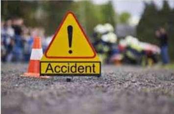 अज्ञात वाहन की टक्कर से दो युवकों की मौत, देखें वीडियो