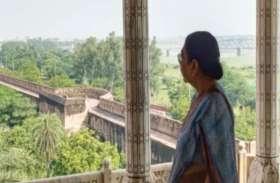 यूपी गवर्नर आनंदीबेन पटेल ने दीक्षांत समारोह से पहले इस विशेष स्थान से किया ताजमहल का दीदार