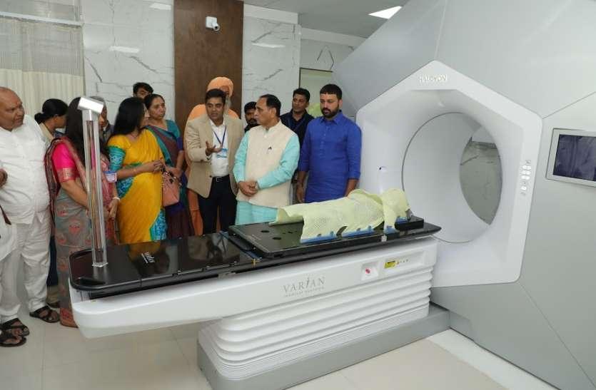 Gujarat के प्रत्येक जिले में Medical College के PM का संकल्प करेंगे साकार: रूपाणी