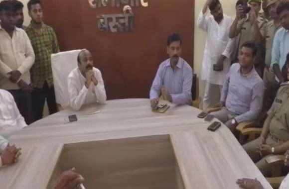 बीजेपी नेता हत्याकांड: 8 नामजद व दो अज्ञात के खिलाफ मुकदमा दर्ज, सांसद ने पुलिस की भूमिका पर उठाये सवाल