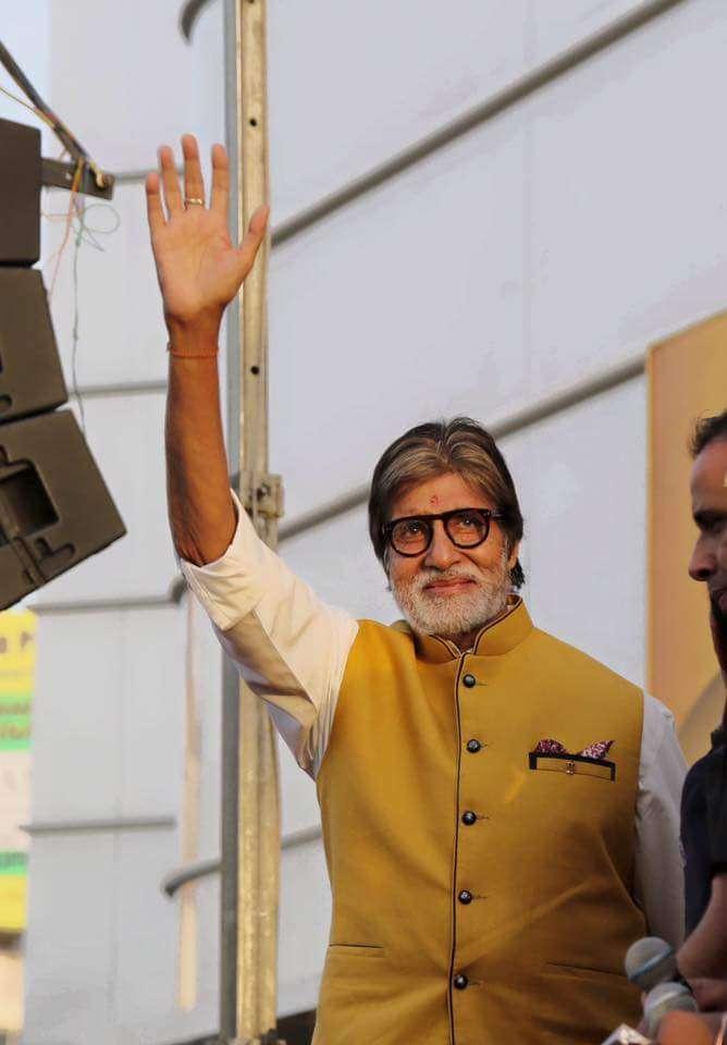 सदी के महानायक अमिताभ बच्चन का बर्थ डे पर उदयपुर में काटा जाएगा 77 फीट लंबा केक