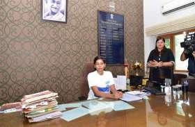 एक स्टूडेंट ने जयपुर की नई कलक्टर बन स्टूडेंट की समस्याओ को किया हल  देखे तस्वीरें...