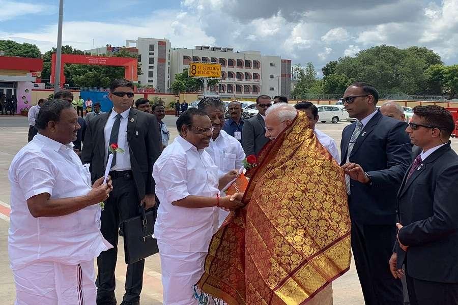 PM Modi Arrives Chennai to receive Xi Jinping in Mahabalipuram