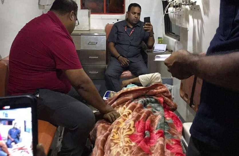 भाजपा विधायक को आधी रात चार घंटे तक एम्बुलेंस में लेकर घूमते रहे डॉक्टर, कलेक्टर बेखबर
