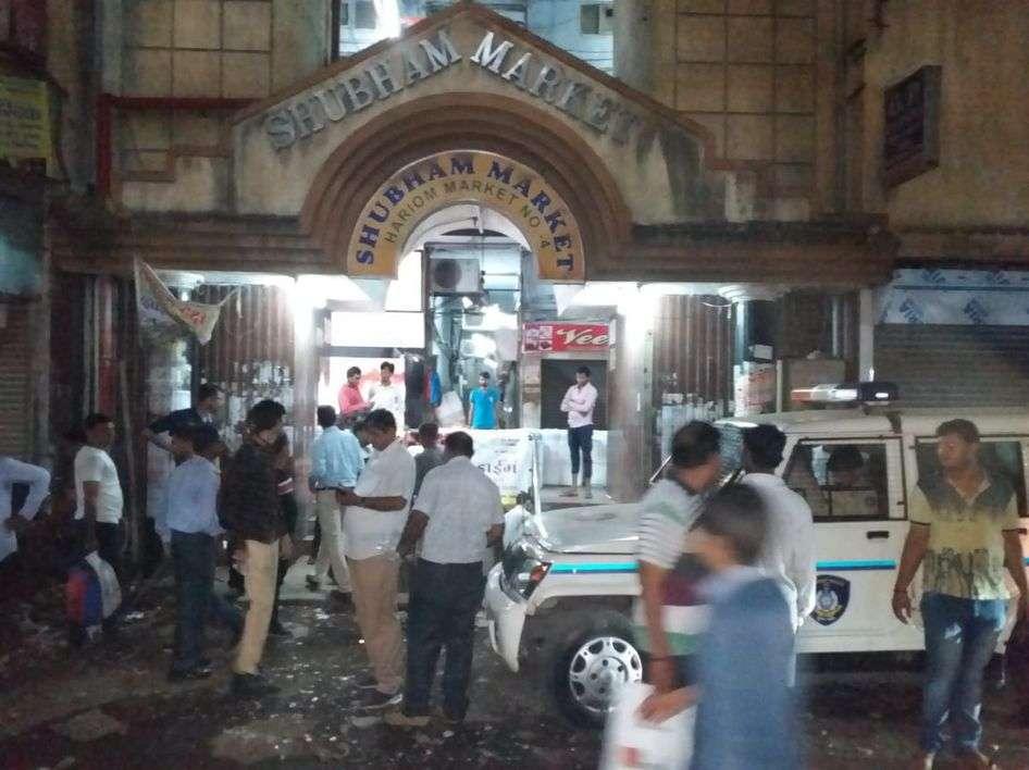 SURAT NEWS : कपड़ा व्यापारी पर जान लेवा हमले से सनसनी