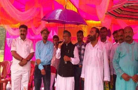 बाबूलाल मरांडी जनादेश यात्रा पर निकले, तोरपा में बारिश में उमड़ी भीड़