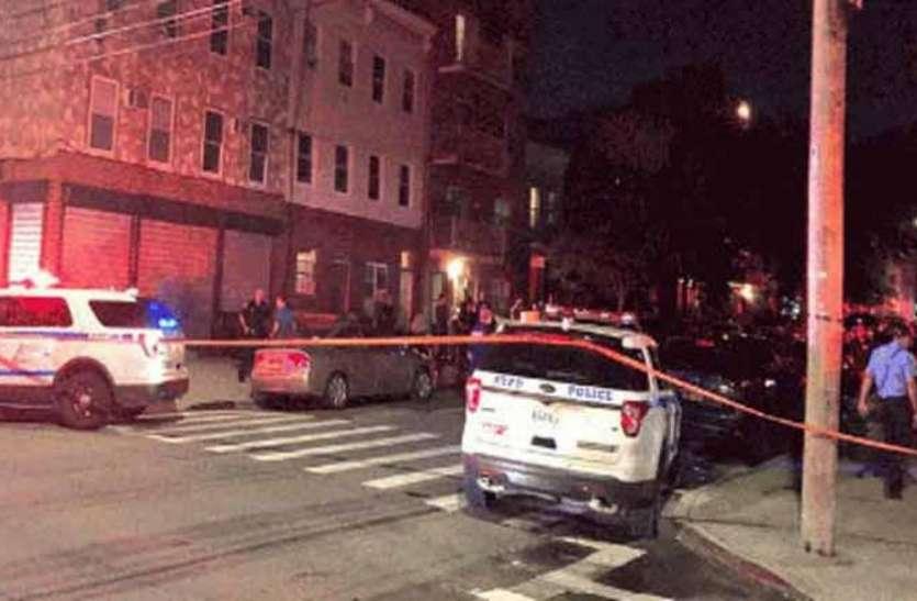 अमरीका: न्यूयॉर्क के ब्रुकलिन में गोलीबारी, चार की मौत, तीन घायल