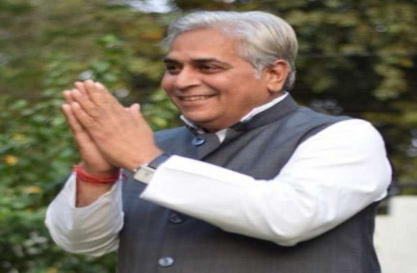 देखिए CM जी, बापू के नाम पर पदयात्रा और उन्हें ही भूल गए कांग्रेसी, विधायक ने कहा हुई हमसे बड़ी चूक