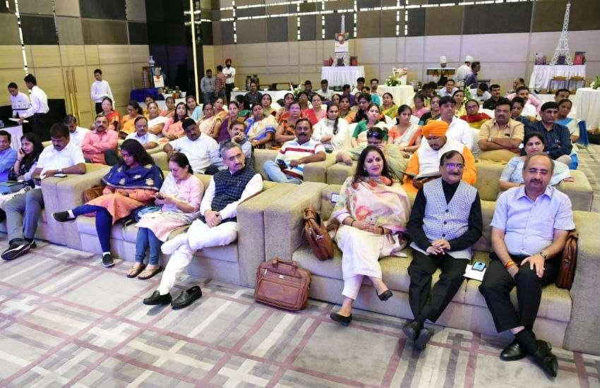 गुजरात के सभी नगर निगम बेहतर कार्य क्यों कर रहे हैं, पढ़िए चौंकाने वाला कारण