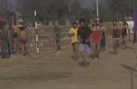 VIDEO: कश्मीर में जवानों की भर्ती, घाटी के युवाओं में दिखा उत्साह