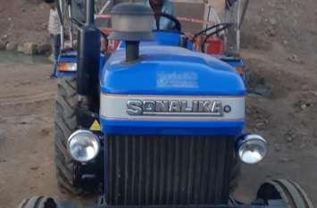 बोल्डर व रेत परिवहन मामले में खनिज विभाग ने तीन वाहनों को किया जब्त
