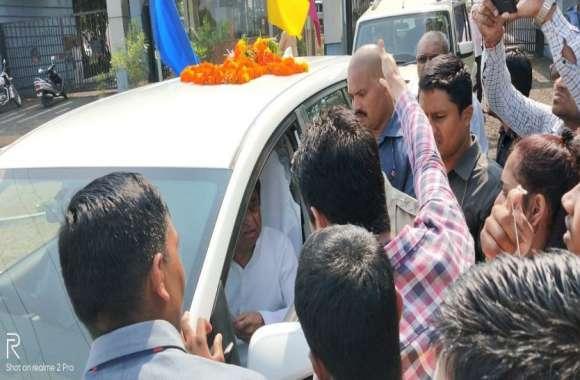 Higher Education: आमंत्रण न मिलने से नाराज विद्यार्थियों ने मुख्यमंत्री से की मुलाकात, कह दी यह बात