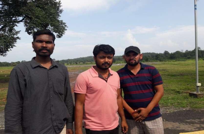दो दिन बाद सकुशल वापस लौटे इंजीनियर समेत तीनो व्यक्ति, नक्सलियों ने किया था अपहरण
