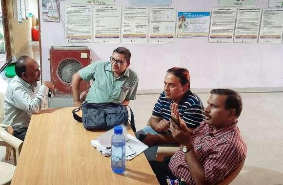 जामसांवली पहुंची एनएचएम की टीम