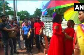 समाज में LGBT लोगों के प्रति भेदभाव दूर करने के लिए कोयंबटूर में पहली प्राइड परेड, देखें वीडियो