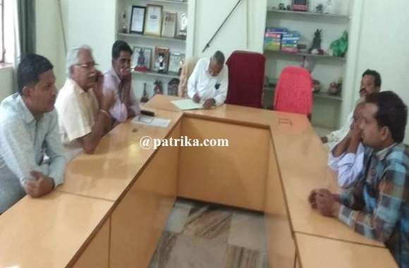 करवा चौथ की तैयारियों को लेकर बैठक का आयोजन, भक्तों की सुरक्षा सहित सुविधा के लिए हुई चर्चा