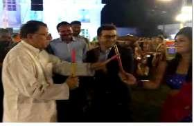patrika Garba Festival 2019- जनसंपर्क मंत्री ने खेला गरबा-डांडिया, देखें video