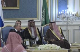 VIDEO: सऊदी दौरे पर रियाद पहुंचे पुतिन, किंग सलमान से की वार्ता