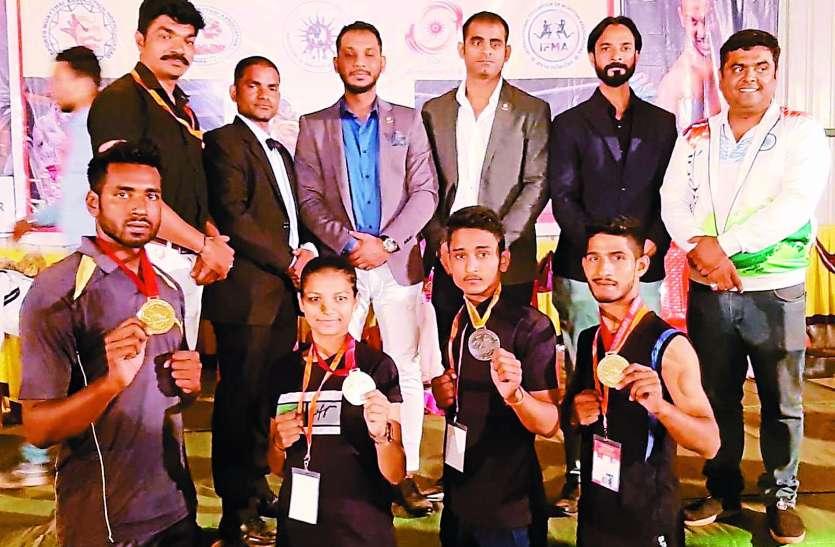 चैम्पियनशिप में खिलाडिय़ों ने जीते पदक