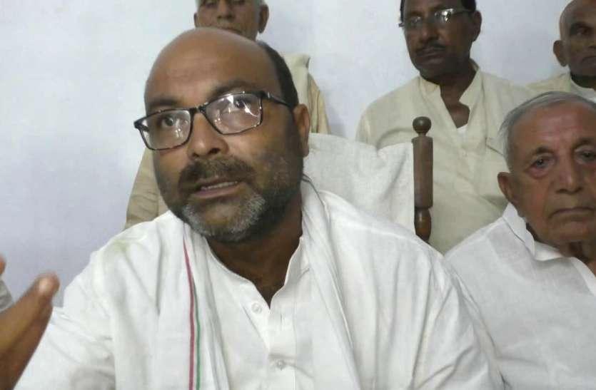 कमलेश तिवारी हत्याकांड: कांग्रेस की यूपी में राष्ट्रपति शासन की मांग, कहा- सरकार चलाने में अक्षम हैं सीएम योगी