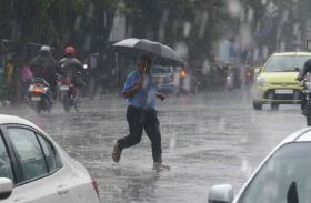 मौसम विभाग का अलर्ट: केरल और कर्नाटक में भारी बारिश की संभावना