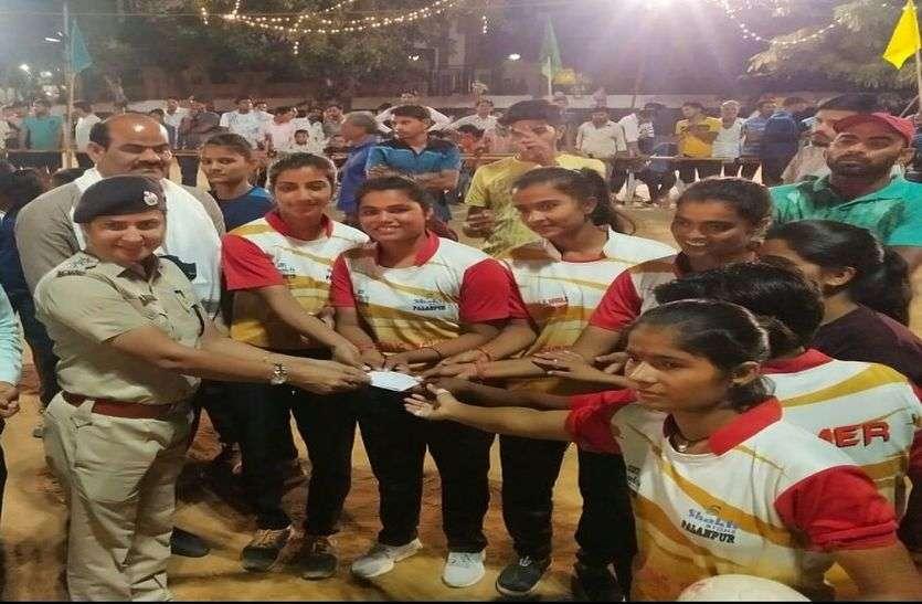किशनगढ़ सुभाष क्लब की महिला टीम बनी चैम्पियन