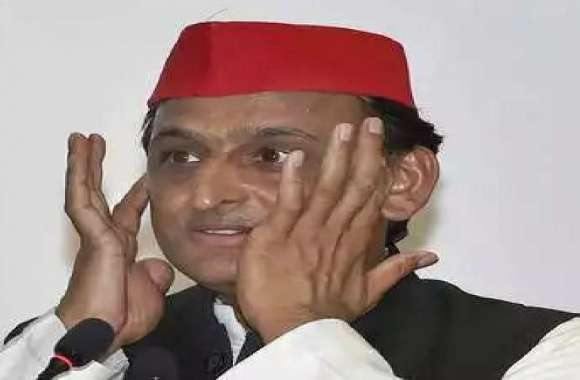 उपचुनाव से पहले अखिलेश यादव को बड़ा झटका, समर्थकों के साथ भाजपा में शामिल हुआ ये सपा नेता