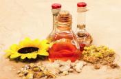 Ayurvedic Oil Benefits: बदन दर्द से जल्द राहत दिलाती है इन खास तेलाें की मालिश