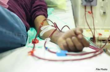 लापरवाही : नस में दर्द होने पर पथरी का लगा दिया इंजेक्शन, पूरे शरीर में फैल गया इंफेक्शन