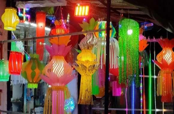 दीपोत्सव पर कपड़ा बाजार में अच्छी बिक्री की उम्मीद