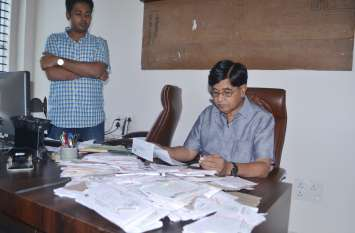 आरटीआई कार्यकर्ता का जवाब की कॉपी देख उड़े होश