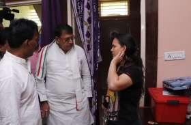 फोन पर सूचना मिलते ही मंत्री  सिलावट और  शर्मा पहुँचे डेंगू पीड़ित मरीजों के घर