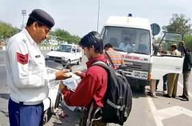नए ट्रैफिक नियम बनने के बाद सड़क दुर्घटनाओं में आई कमी, सामने आए चौंकाने वाले आंकड़े