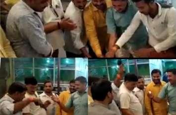 योगी शासन में भाजपा के ही पदाधिकारी उड़ा रहे हैं कानून की धज्जियां