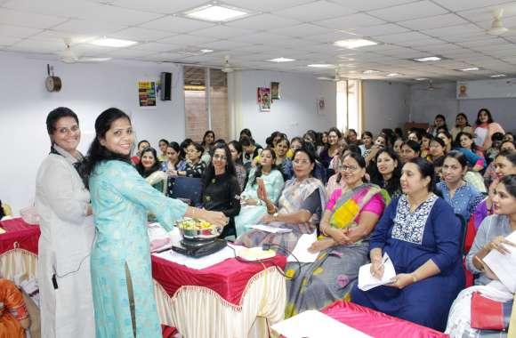 महिलाओं ने सीखी पौष्टिक व्यंजन बनाने की कला