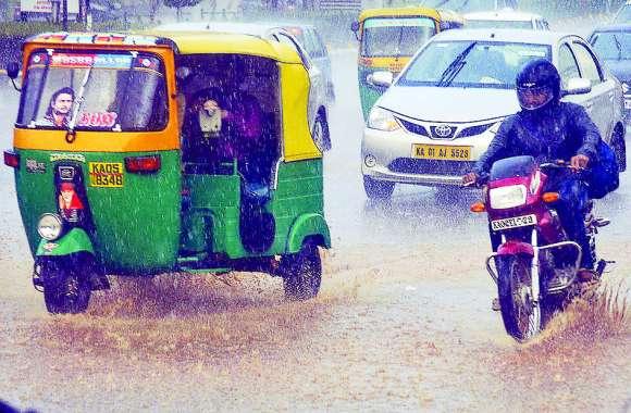 Karnataka: सावन भादो रहा सूखा और अक्टूबर में बरस रहे बादल