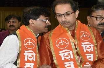 शिवसेना को बड़ झटका, बागी नेता विशाल धनावड़े ने 300 पार्टी कार्यकर्ताओं के साथ छोड़ी पार्टी