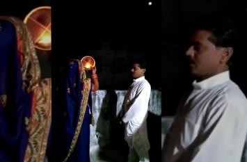करवाचौथ की पूजा से पहले पति की दुर्घटना में हुई मौत, देखें वीडियो
