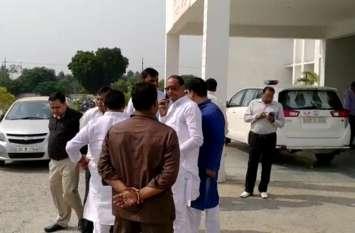 पुलिस कस्टडी में थर्ड डिग्री से मौत मामले में भाजपा नेता पहुंचे एसपी ऑफिस, इसके बाद जो हुआ… देखें वीडियो