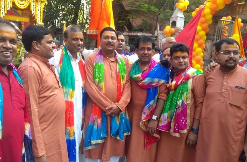 पानीटंकी शिवमंदिर से श्रीश्याम सेवक की निशान यात्रा पहुंची घुसुड़ीधाम