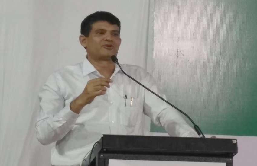 Ahmedabad News किसानों की आत्महत्या रोकने के लिए गुजरात सरकार की अनूठी पहल...जानिए....