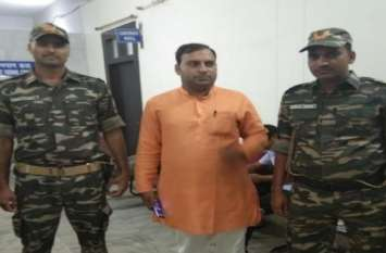 BIG BREAKING: कमलेश तिवारी के बाद इस बड़े हिंदू नेता को मिली जान से मारने की धमकी, कहा- 'अबकी बार तेरी बारी...'